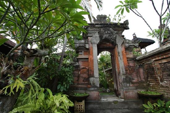 balinese style homes - home decor ideas